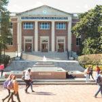 6 mythes sur les demandes d'admission à l'université qui peuvent compromettre vos chances d'être accepté.